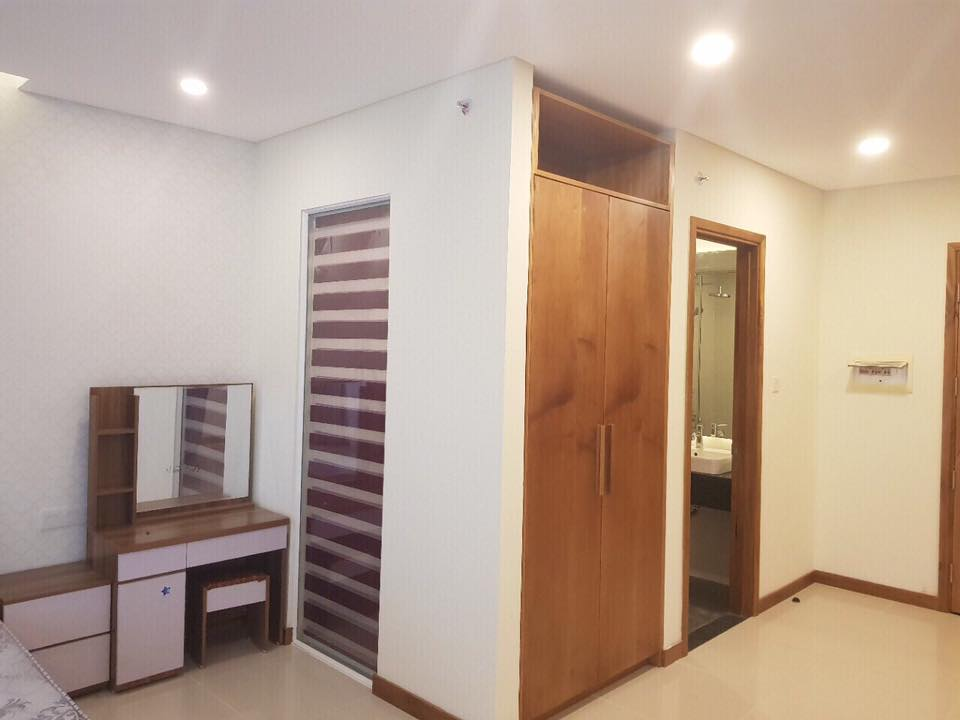 Studio Or  Room Apartment For Rent In Maple