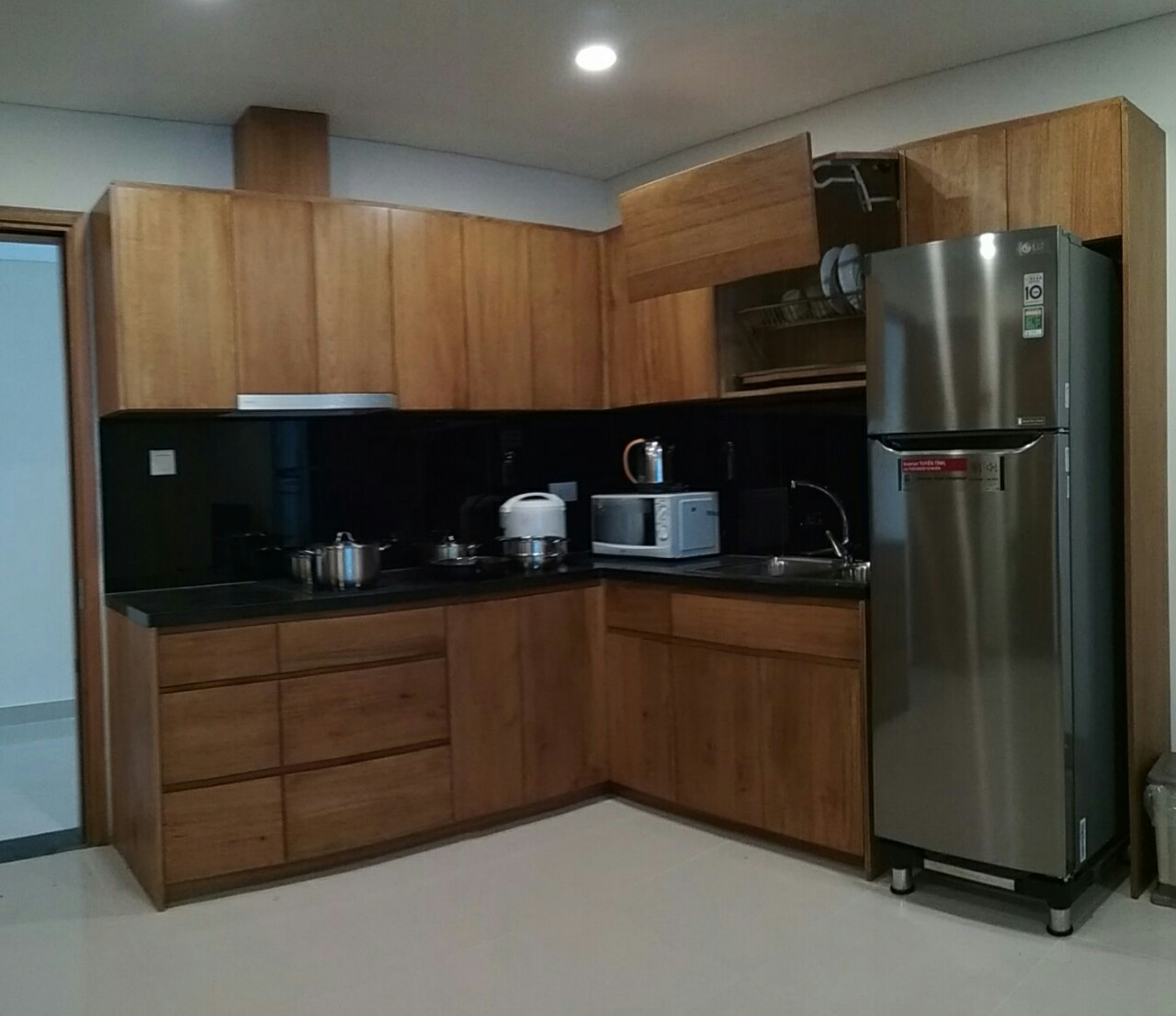 Efficiency Apartment For Rent: Studio Apartment For Rent In Maple ID A449