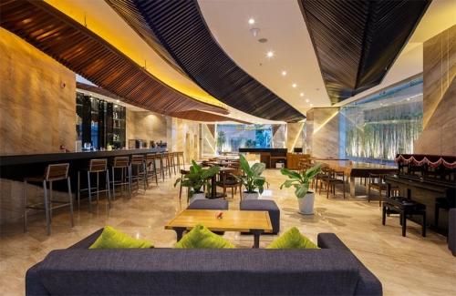 Maple-lobby2