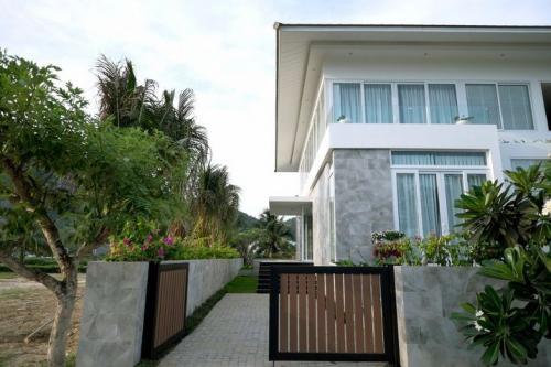 Nha-Trang-Cham-Oasis-villa1-2